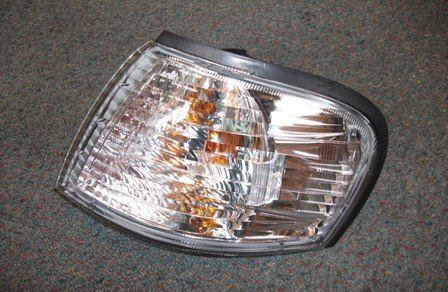 Nissan-Sunny-Cornerlights-B1508