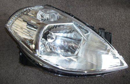 Nissan-Tiida-C1120-HeadLight-RH-C1177