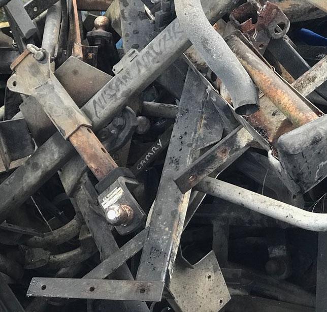 Used Towbars Pile